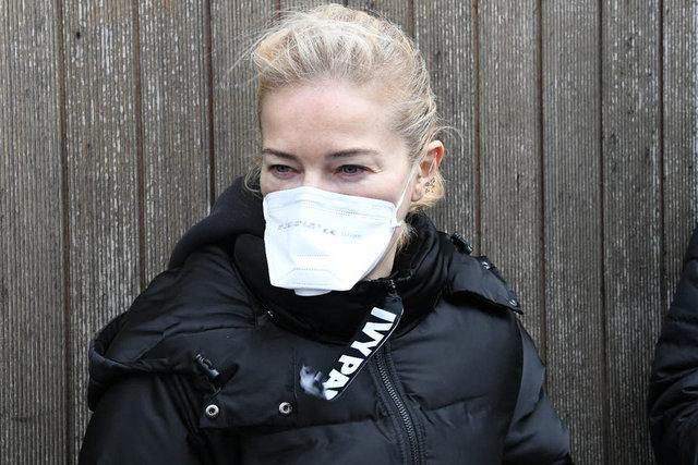 Burcu Esmersoy'un koronavirüs (corona virüsü) önlemi: Evden çıkmıyorum - Magazin haberleri