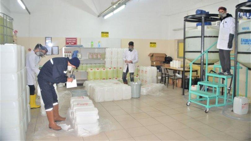 Meslek lisesi öğrencileri dezenfektan mesaisinde! Koronavirüse karşı 100 ton ürettiler