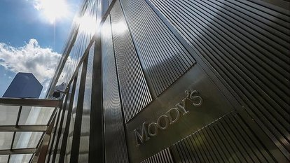 Moody's petrol fiyatları