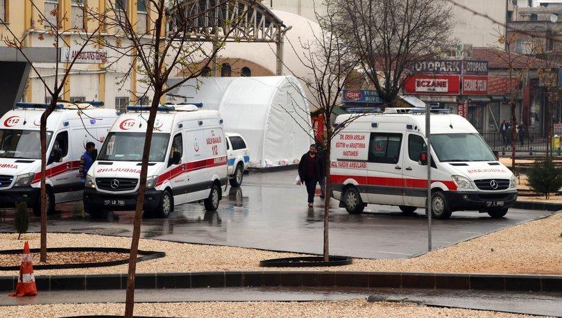 Son dakika haberler... Gaziantep'te hastane bahçesine 'acil durum' çadırları kuruldu!
