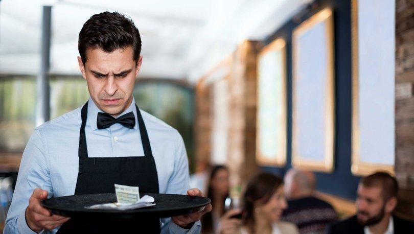 Koronavirüs salgını ekonomik olarak ilk lokanta ve otel çalışanlarını vurdu haberler