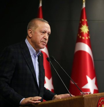 Cumhurbaşkanı Recep Tayyip Erdoğan koronavirüs tedbirlerine ilişkin açıklama yapıyor