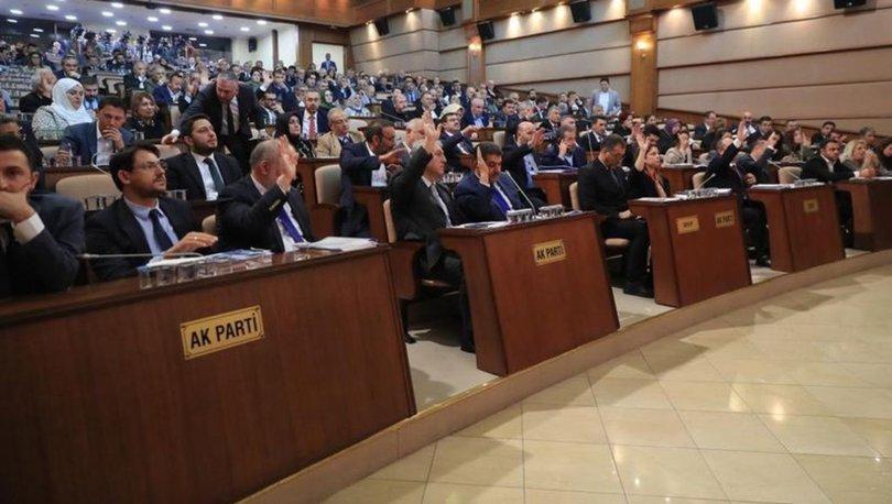 AK Parti milletvekilleri TBMM'de esnek çalışma dönemine geçiyor