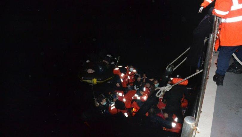 İzmir'de Yunan Sahil Güvenlik unsurlarınca geri itilen 21 sığınmacı kurtarıldı