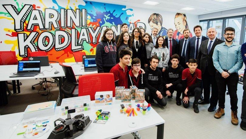 Türkiye Vodafone Vakfı ve Habitat Derneği, salgınla mücadelede genç fikirlere başvuracak
