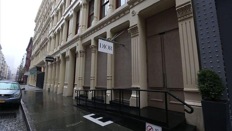 New York'taki ünlü mağazalardan yağma önlemi!