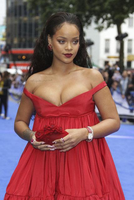 Rihanna: 10 yılda dört çocuk istiyorum - Magazin haberleri
