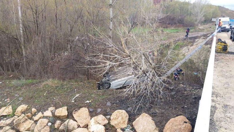 Son dakika feci trafik kazası! Sivas'ta otomobil devrildi: 4 ölü, 1 yaralı - Haberler