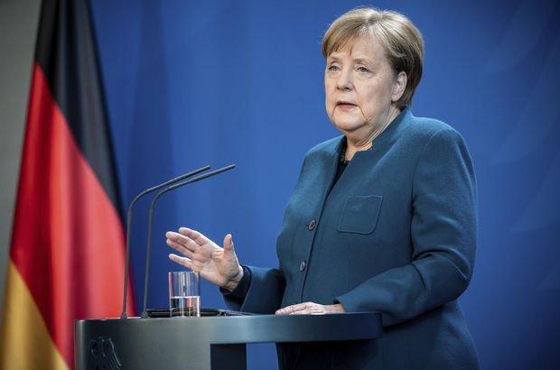 Merkel: Koronavirüs AB'nin en büyük sınavı