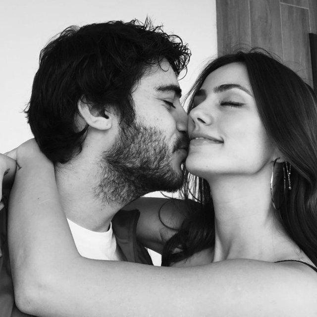 Berkay Hardal ile Dilan Telkök'ten aşk pozu - Magazin haberleri
