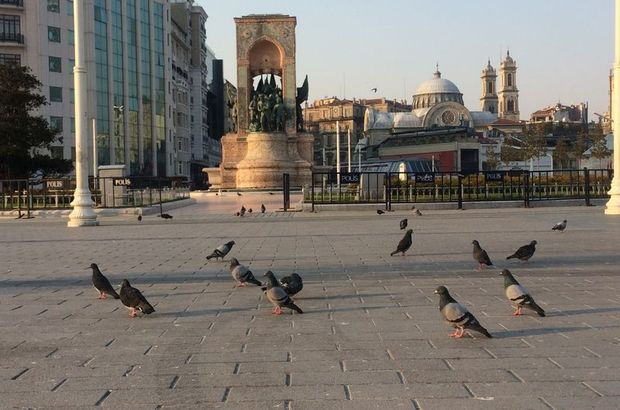 Yollar boş kaldı! Sessiz İstanbul!