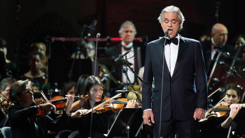 Bocelli'den Duomo Katedrali'nde 'Umut İçin Müzik' konseri verdi