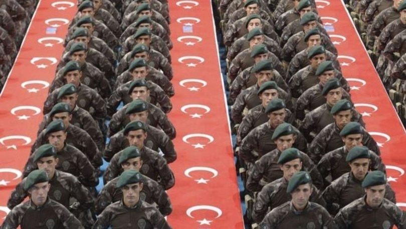 Celp dönemleri ertelendi mi? 2020 Askerlik terhisler durdu mu? Bakan Akar'dan açıklama