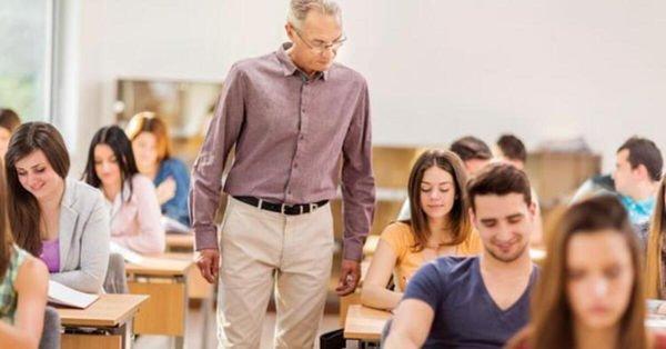 Darısı özel okul öğretmenlerinin başına! Özel üniversitede düşük ücrete son