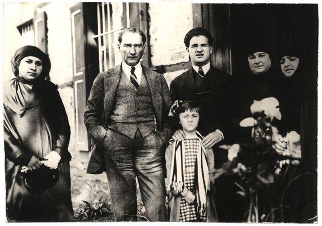 Atatürk fotoğrafları (resimleri) - Arşivlerden siyah beyaz ve ...