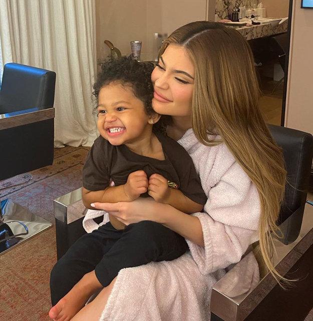 Kylie Jenner: Bebeğim çok hızlı büyüyor - Magazin haberleri
