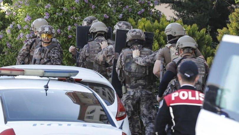 Ankara'da eşi evi terk edince 2 çocuğunu silahla rehin aldı