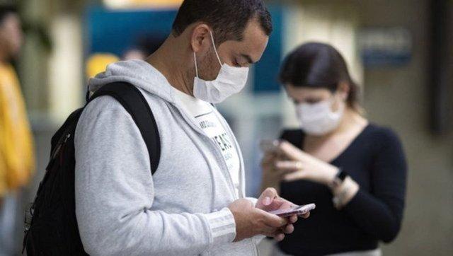 Koronavirüsün yeni belirtisi: Parmaklarda mor veya mavi lekeler - Haberler