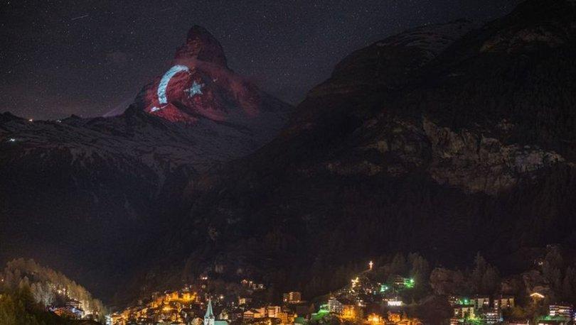 Türk bayrağı İsviçre Alpleri'nin zirvesine yansıtıldı - Haber