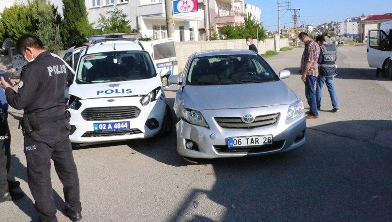 Son dakika haberler... Adıyaman'da polis aracı ile otomobil çarpıştı: 2 polis yaralı!