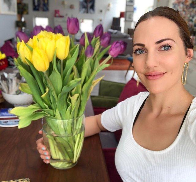 Meryem Uzerli: Bu çiçekler sizin için - Magazin haberleri