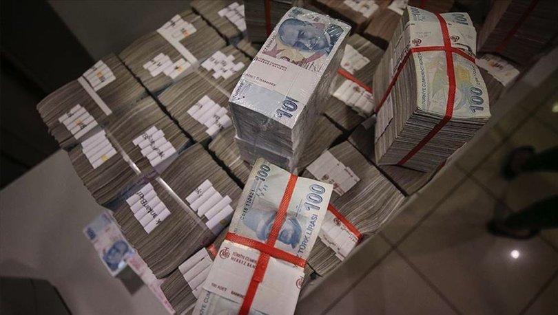 Hazine yaklaşık 3,4 milyar lira borçlandı