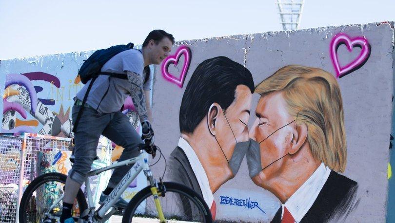 Almanya'da koronavirüse karşı dikkat çeken duvar grafitileri - Haberler