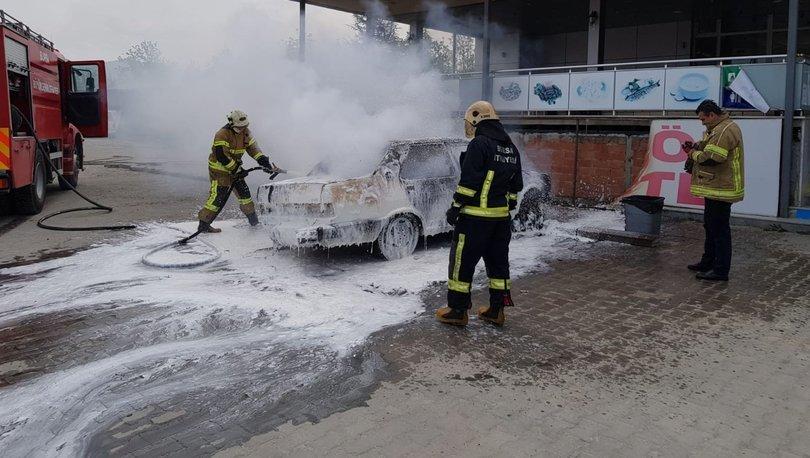 Son dakika haberler... Bursa'da park halindeki otomobilde çıkan yangında 3 yaşındaki çocuk yaralandı!
