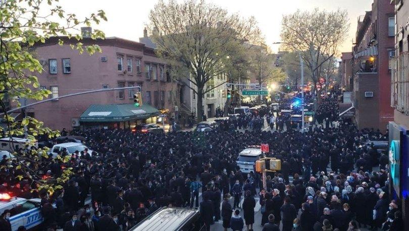 ABD'de cenaze töreninde sosyal mesafe hiçe sayıldı: Blasio ile Yahudi toplumu arasına gerginlik! - Haberler