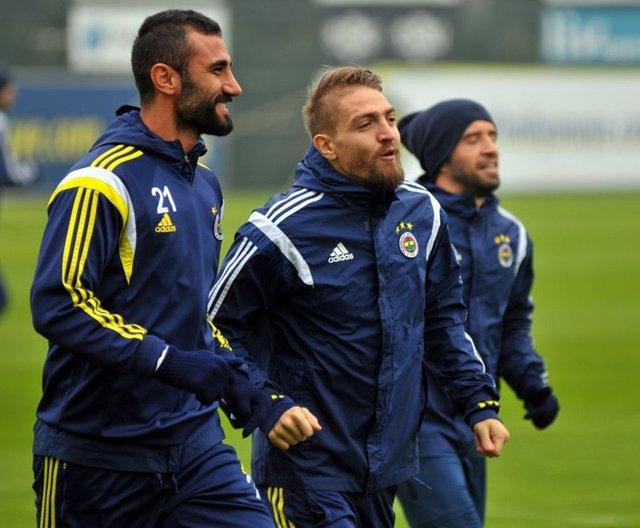 Fenerbahçe'de Gökhan Gönül ve Caner Erkin gündem oldu