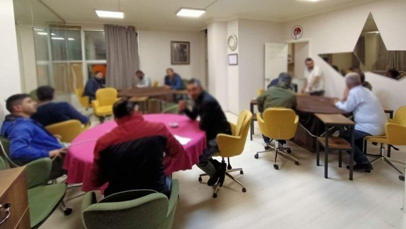 Bursa'da ruhsatsız iş yerine kumar baskını