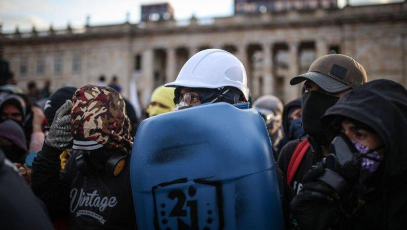 Kolombiya'da yerli halk lideri kendisine düzenlenen suikast sonucu hayatını kaybetti
