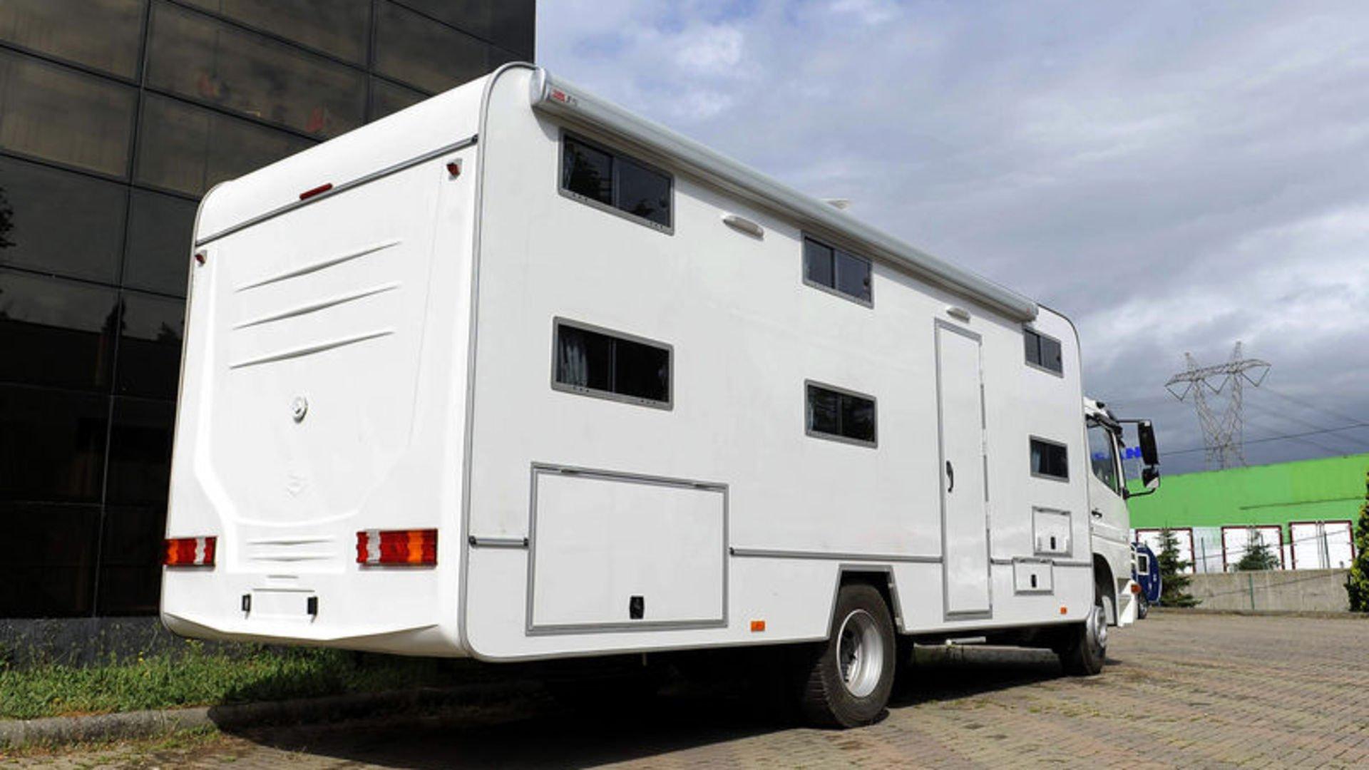 Koronavirüs nedeniyle çadır ve karavan tatiline ilgi arttı