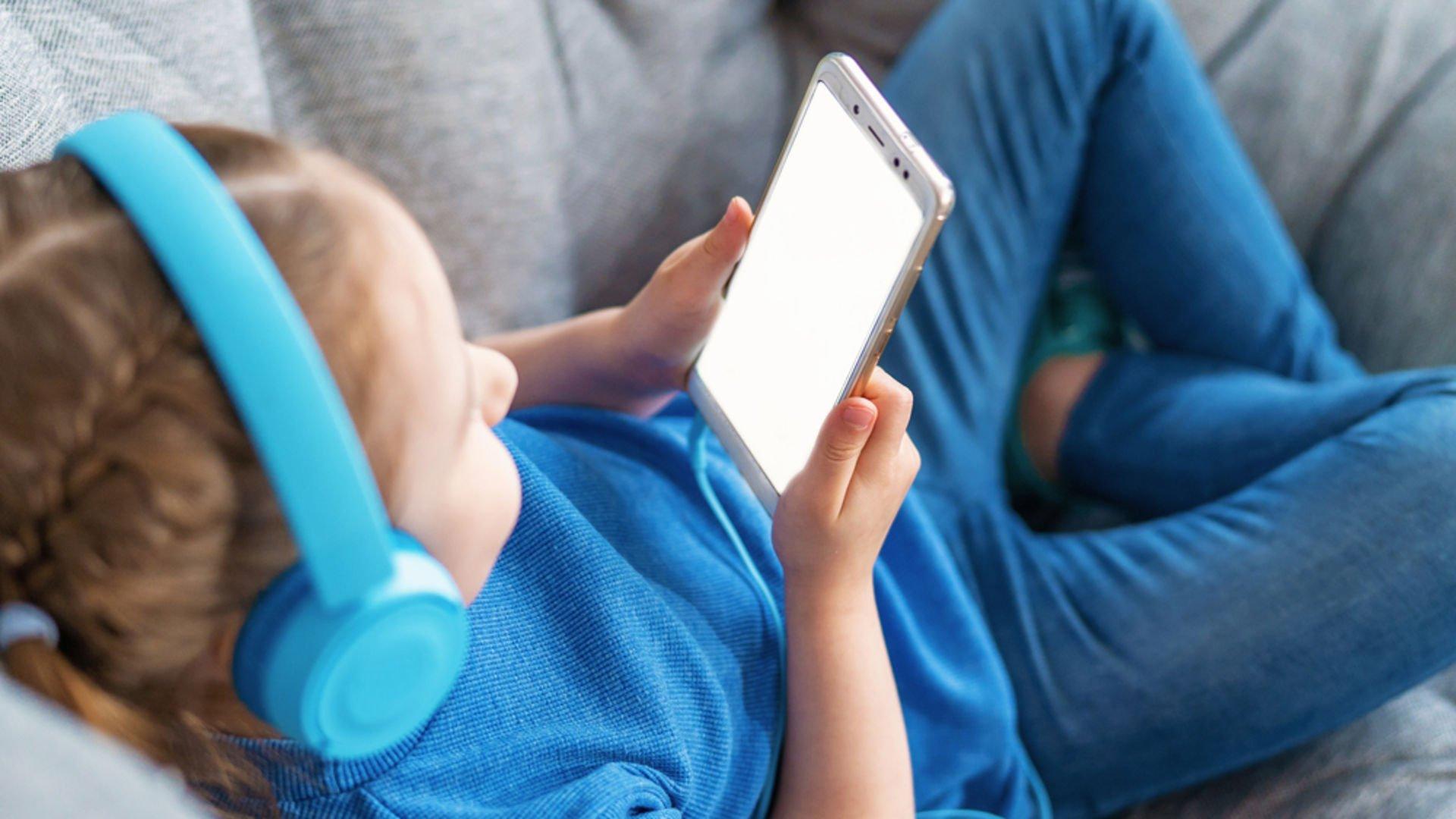 Salgın süresince çocukların ekranla ilişkisini nasıl düzenleyeceğiz?