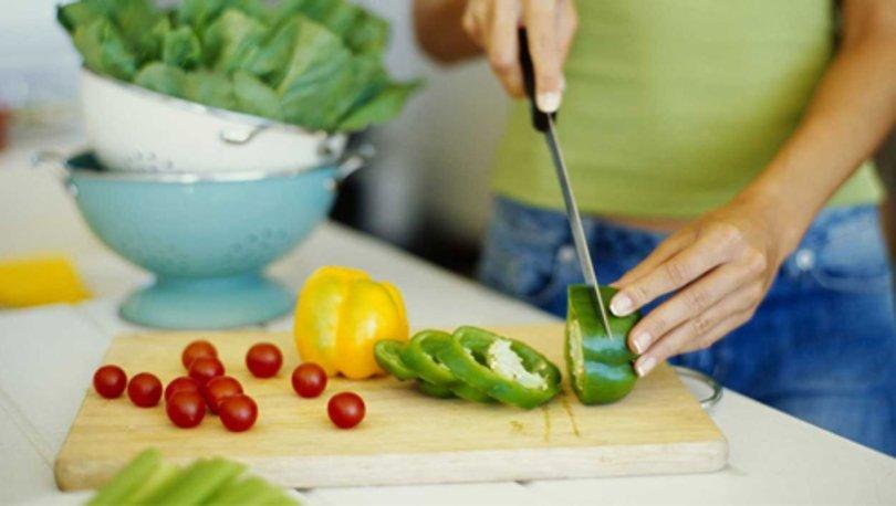 İştah kesen gıdalar nelerdir? Hangi yiyecekler iştah azaltır?