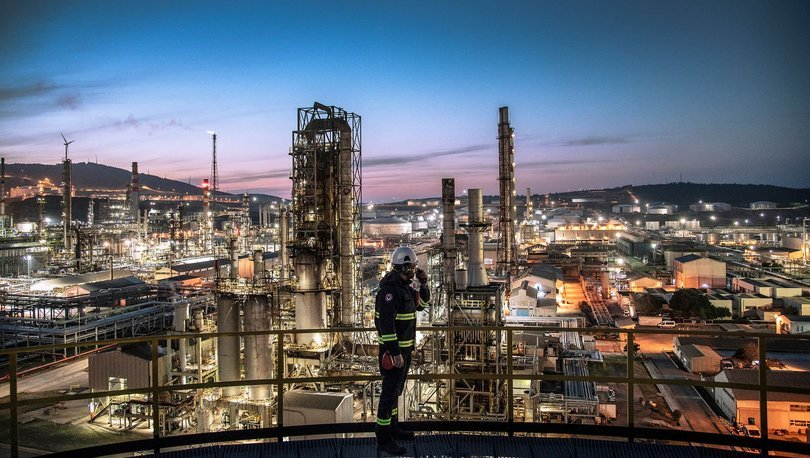 Tüpraş İzmir rafinerisinde üretime ara veriyor