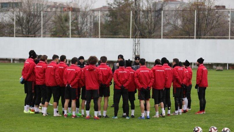 Samsunspor´da futbolcuların toplanma tarihi ertelendi