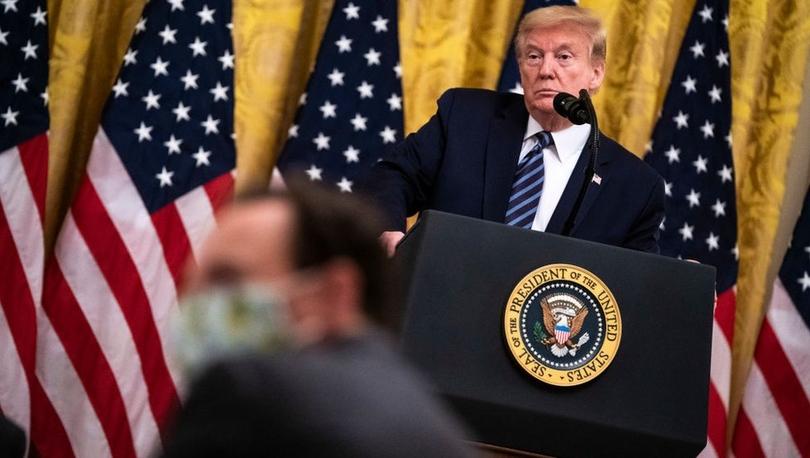 Koronavirüs: ABD Başkanı Trump salgının kökeni konusunda kendi istihbarat örgütlerine ters mi düşüyor?