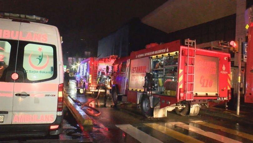SON DAKİKA: Beşiktaş'ta AVM yangını - HABERLER