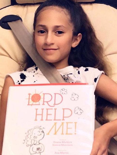 Jennifer Lopez'in kızı Emme Anthony kitap çıkardı - Magazin haberleri