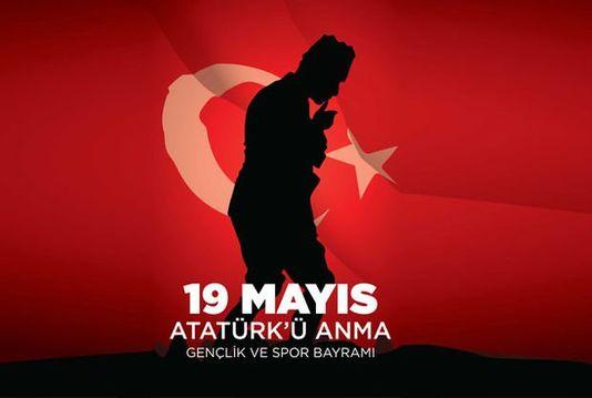 19 Mayıs şiirleri! İşte uzun - kısa 19 Mayıs Atatürk'ü Anma, Gençlik ve  Spor Bayramı şiirleri