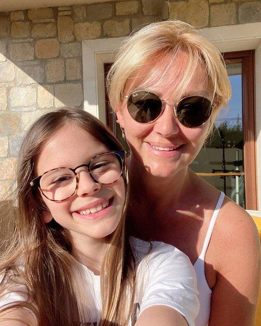 Pınar Altuğ takipçilerini uyardı - Magazin haberleri