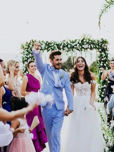 Deniz Baysal'dan eşi Barış Yurtçu'ya romantik yaş günü kutlaması - Magazin haberleri