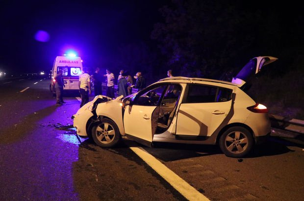 Otomobil TIR'a çarptı: 1 çocuk öldü