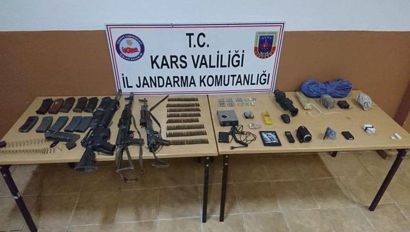 Kars'ta PKK'lı teröristlere ait silah ve mühimmat ele geçirildi