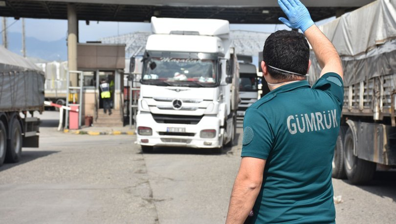 Türkiye'den Irak'a tır sevkiyatı