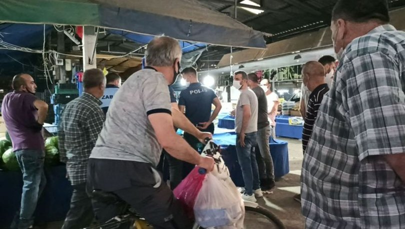 sakarya'da pazarcı müşteriye bıçak çekti