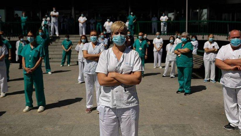İspanya'da sağlık çalışanları sokağa indi