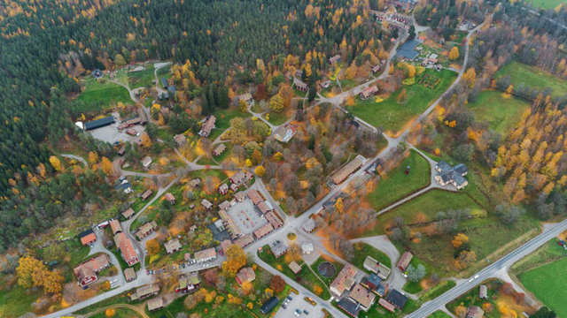Şifalı sularıyla ünlü İsveç köyü satışa çıktı