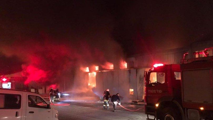 Çorum'da sanayi sitesi yangını: 5 iş yeri küle döndü - HABERLER
